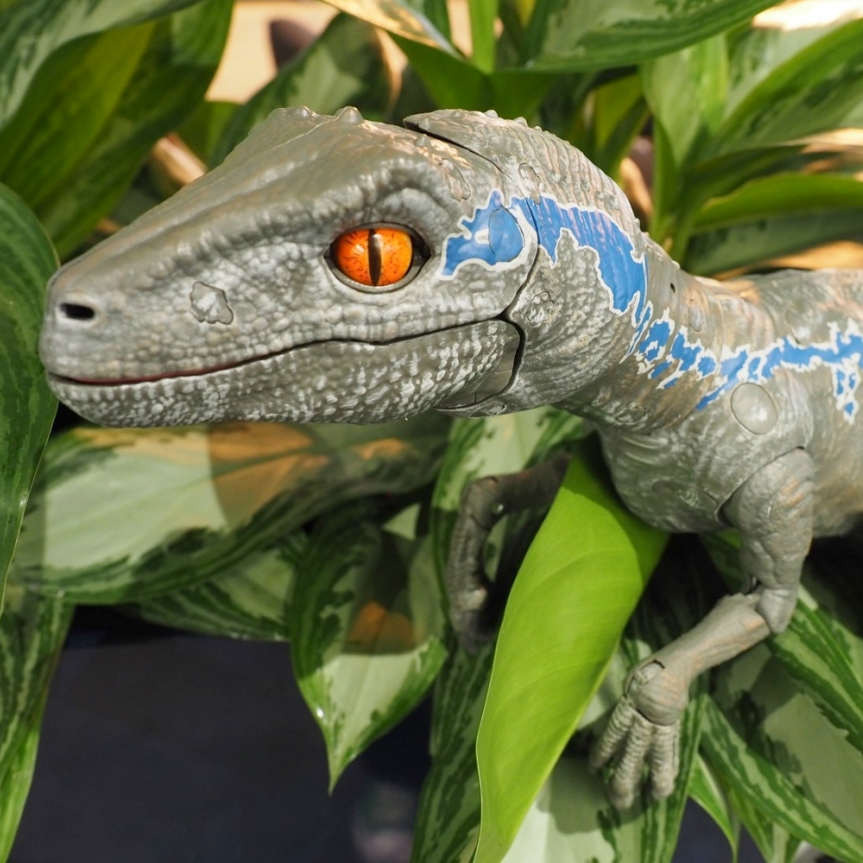 Mattel's New Jurassic Park Robot Is A Pet Dinosaur That You Can Train